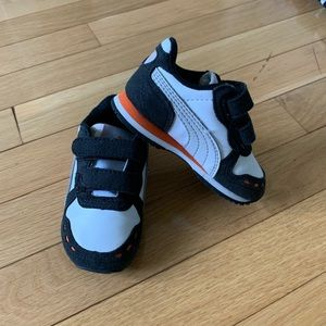 Puma size 4 sneakers